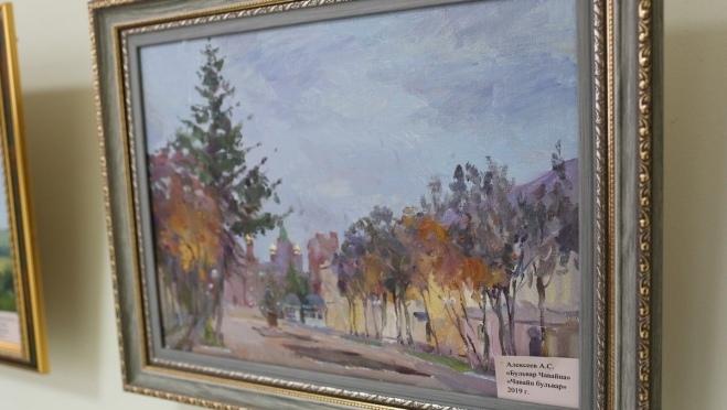 В Волжске открылась выставка «Пленэрная живопись»
