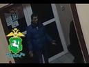 Сотрудниками полиции устанавливается личность подозреваемого в совершении кражи в городе Томске