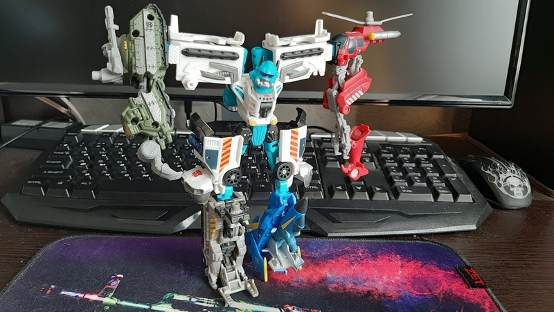 Обзор на Transformers Powercore Combiners Stakeout w Protectobots