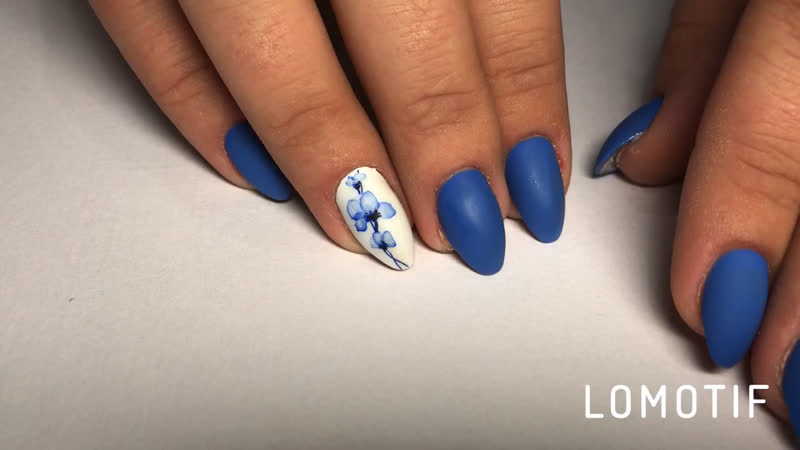 🦋💐рисунок выполнен вручную 💅 акварельная техника 🎨 бабочка, цветы, матовые ногти