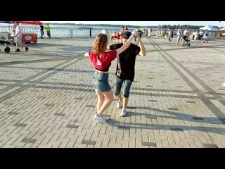Mambo on the street   Станислав Швецов и Наталья Небогатикова