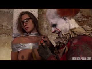 [Horror Porn] Naomi Bennett - IT is a clown