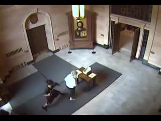 Ограбили старушку в храме
