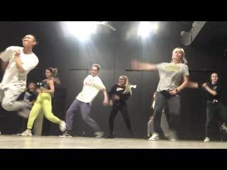 Ed Sheeran feat. Chance the Rapper, PnB Rock - Cross Me