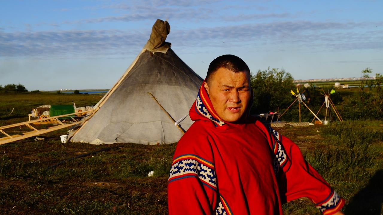 Ямало-Ненецкий окружком КПРФ поздравляет нашего товарища Ейко Сэротэтто с днем рождения