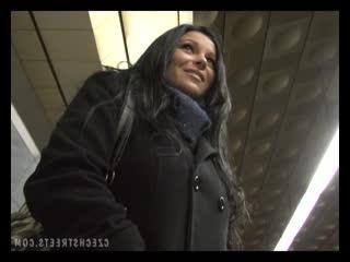 22 Czech Streets - Kristyna Blowjob sex anal грудастая милфа отдалась минет большие сиськи упругая жопа анал порево public agent
