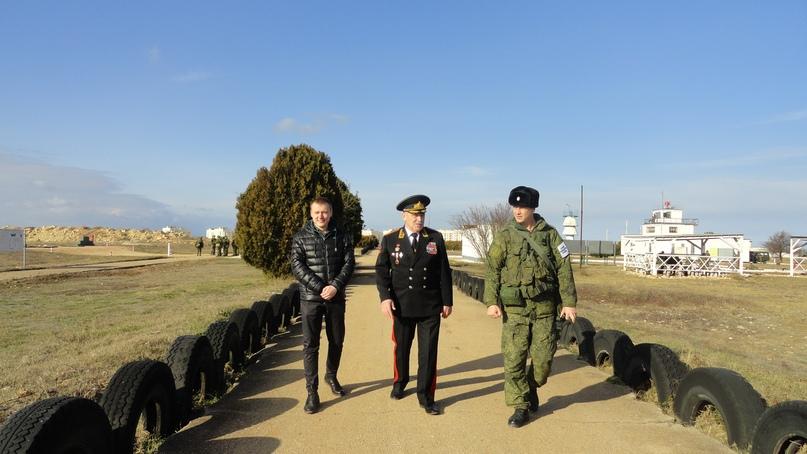 Генерал-лейтенант Павел Сергеевич Шилов оценил боевую подготовку 810-й отдельной бригады морской пехоты в Севастополе