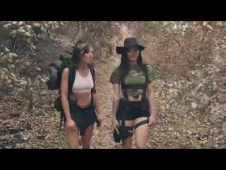 Adriana.chechik.and.kissa.sins