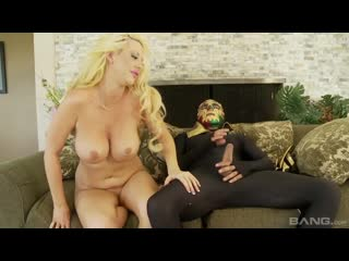 Slutty Fuckin Blondes (Phoenix Marie, Mellanie Monroe, Courtney Taylor, Leya Falcon)