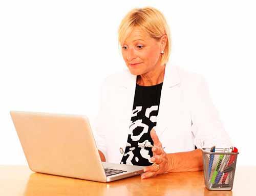 Большинство маркетинга в социальных сетях нацелены на пользователей Интернета, участвующих в общих действиях, таких как создание профилей пользователей и создание сетей друзей.