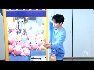 How to win at the claw machine with changxi and mingze (2019)