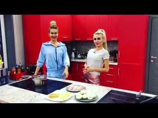 Кулинарный блог Розы Райсон. Она с Маринкой готовят диетический суп :) Выглядит неплохо