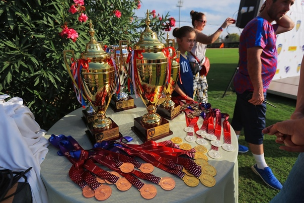 Одна из возможностей нашей школы -  принимать участие в международных турнирах.