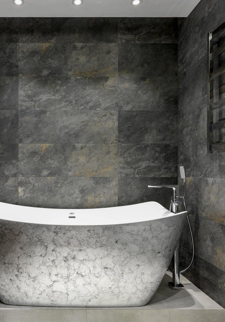 Квартира в темных тонах, 90 м²  от Анастасии Ковальчук