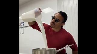 NEW 2020! Salt bae is making Ice cream 🍦 ,Nusr_et #saltbae