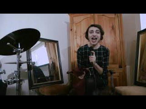 I Met A Yeti - Blue-Eyes White Yeti (Music Video)