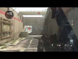 Thought he was a friendly because of the blue dot. modern warfare
