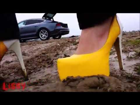 Plateau High Heels im schmutzigen Wasser und Schlamm by Lissy Beyond