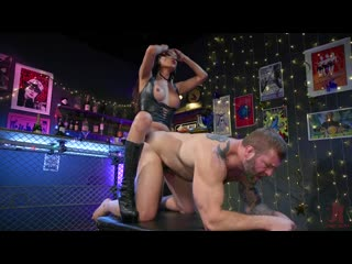 Jessica Fox Fucks Muscled Troublemaker Colby Jansen