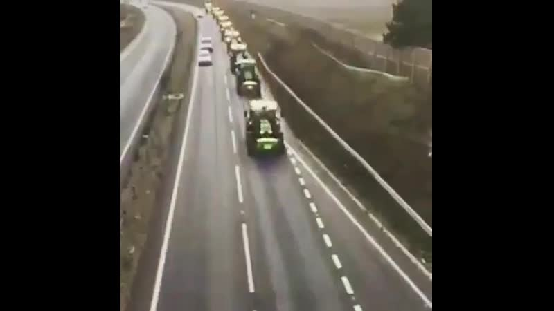 Сколько тракторов ты насчитал🚜🚜🚜😎👇 crjkmrj nhfrnjhjd ns yfcxbnfk🚜🚜🚜😎👇