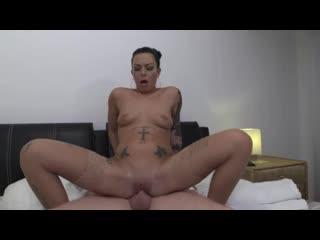 Sexy Dienstmädchen (Alina L'Amour, Alisha Sweet, Aviva Rocks, Coco Kiss, Inga Devil, Julie Skyhigh, Lullu Gun)