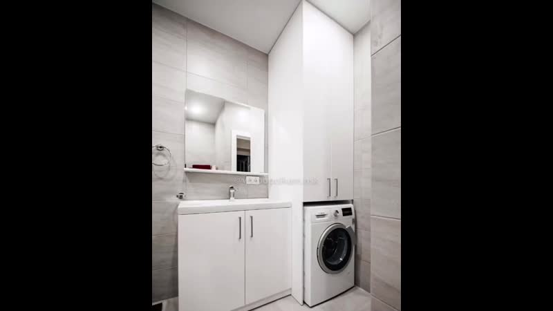 Лаконичный комплект в ванную комнату😊 ⠀ Традиционно белый вместительный и идеально вписывающийся в интерьер светлой ванной🤩 ⠀ Н