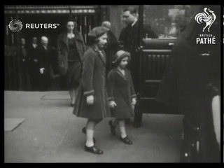 Queen Mary and the two princesses go to Westminster Abbey (1938)