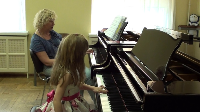 25 04 2019 Fifth lesson of Mira Marchenko with Ulyana Rodina classroom of the Central Music School
