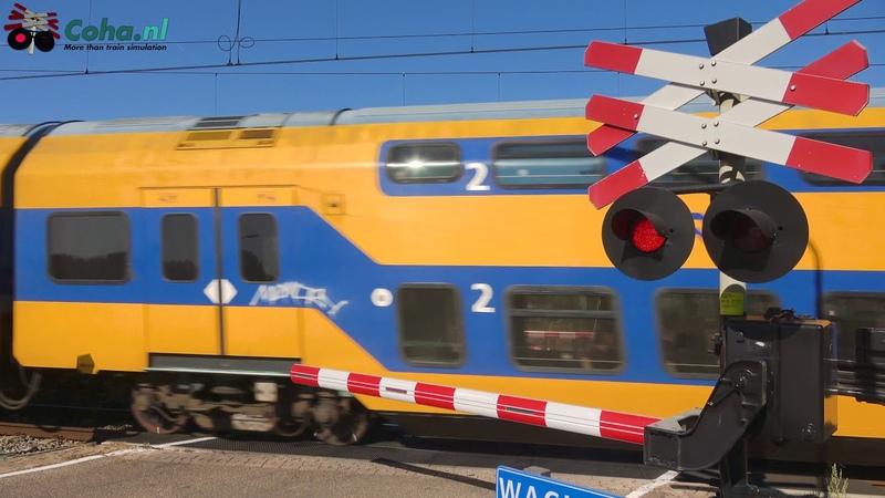 Spoorwegovergang Biezenmortel 😍4K😍 Dutch railroad crossing