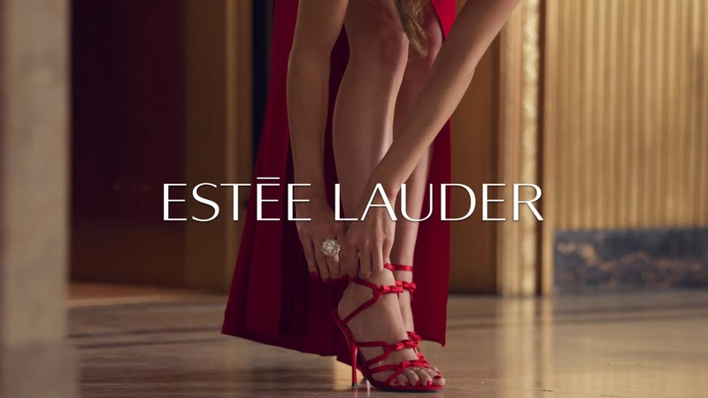 Happy Holidays from Estée Lauder