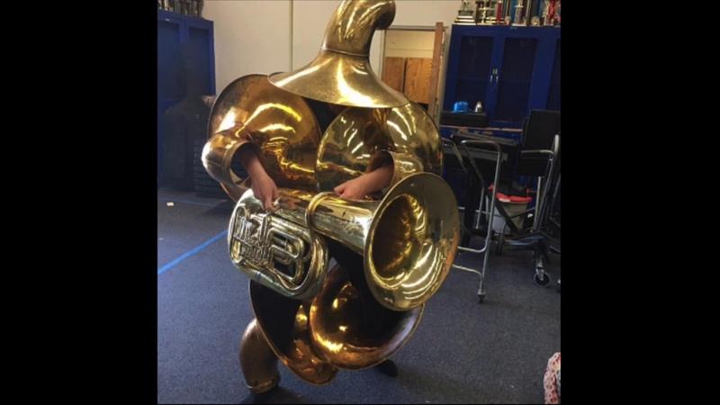 Heavy tuba gunner boss theme