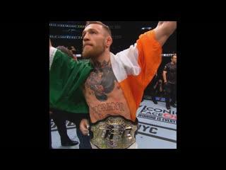 Конор МакГрегор стал двойным чемпионом UFC