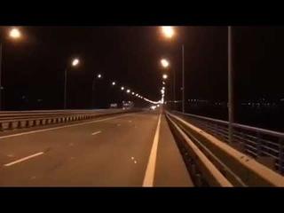 Мотоциклисты разогнались до 300 км в час на Президентском мосту