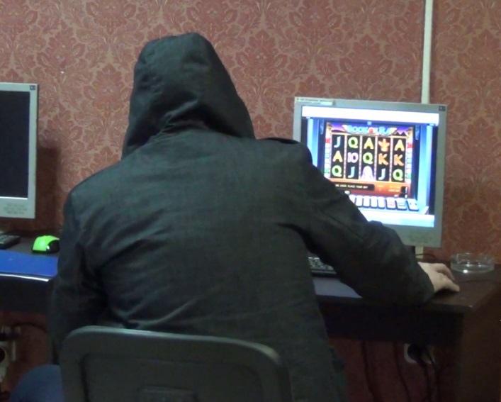 Житель КЧР занимался организацией незаконных азартных игр