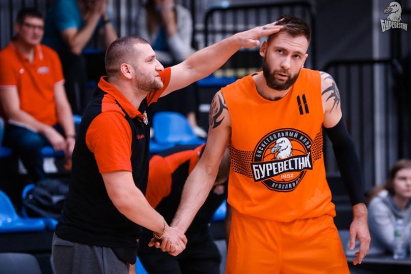 Андрей Семенов в форме своего уже бывшего клуба.