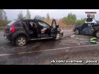 Наркоман из Петербурга угнал машину, сбил полицейского и протаранил автомобиль
