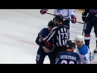 Драка между Никитой Кротиковым и Анатолием Степановым в матче с «Соколом» (1 марта 2017 года)