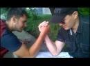 Серёга и Влад играют в Арм - Реслинг