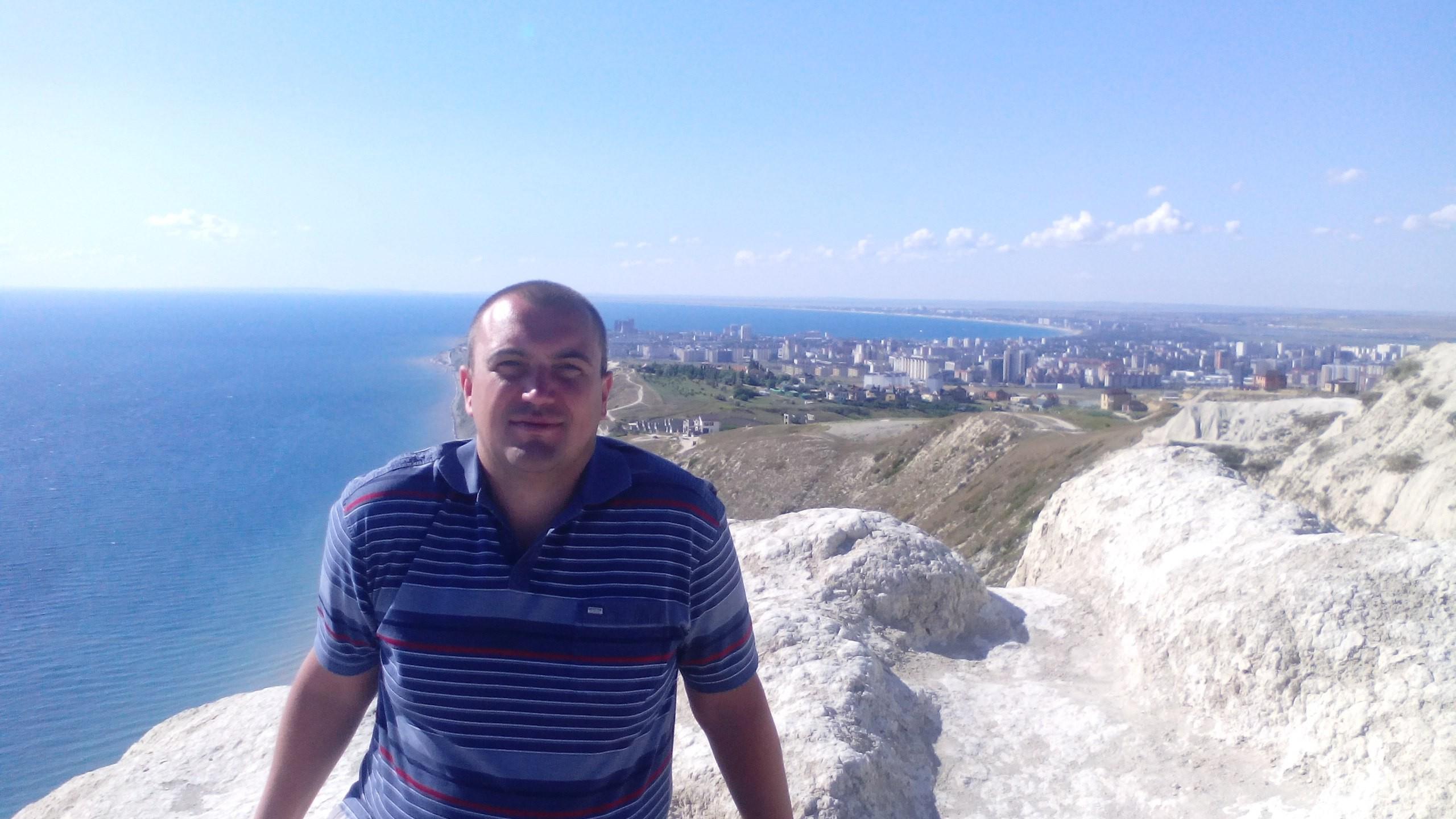 Dmitriy, 38, Pushkinskiye Gory