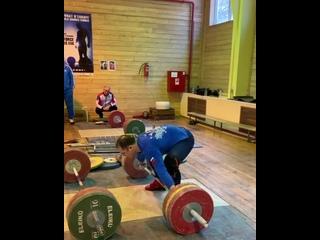 Артем Окулов рвет 150 кг на 2 раза