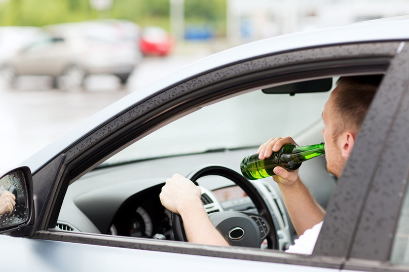 Минчанин дважды в течение года попался за рулем отцовского автомобиля подшофе.