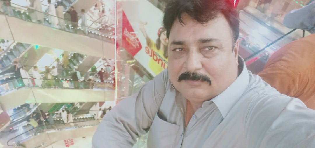 фото из альбома Tariq Jamil №6