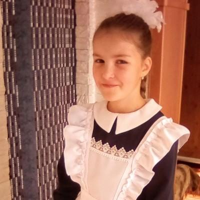Александра Маколова