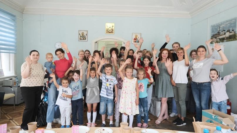 Добровольцы кинокомпании «Союз Маринс Групп» посетили «Дом для мамы», изображение №2