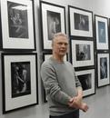 Сегодня день рождения отмечает Александр Маслов — автор недавней выставки работ в жанре ню, доброжел