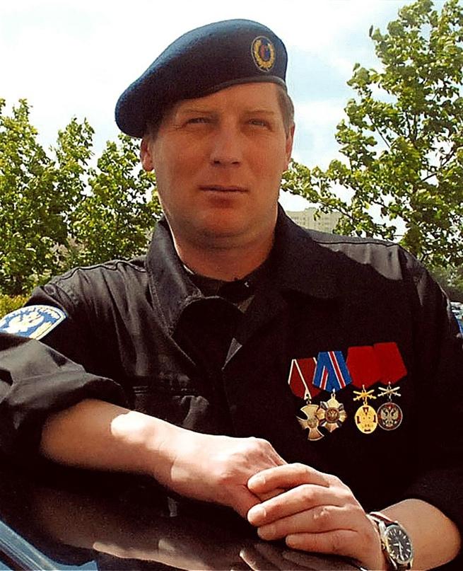 8 мая 2012 года, при исполнении служебных обязанностей, скоропостижно скончался...