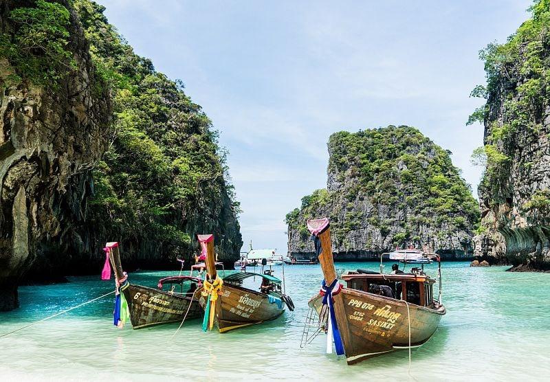 Жители Бурятии смогут летать в Таиланд из Улан-Удэ  Это будет выгоднее, чем брать билет из соседнего... [читать продолжение]