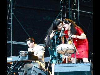 Kitty, Daisy & Lewis - 2010 - Azkena Rock Festival