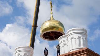 Владыка Лонгин совершил освящение крестов и куполов Спасского собора в День крещения Руси