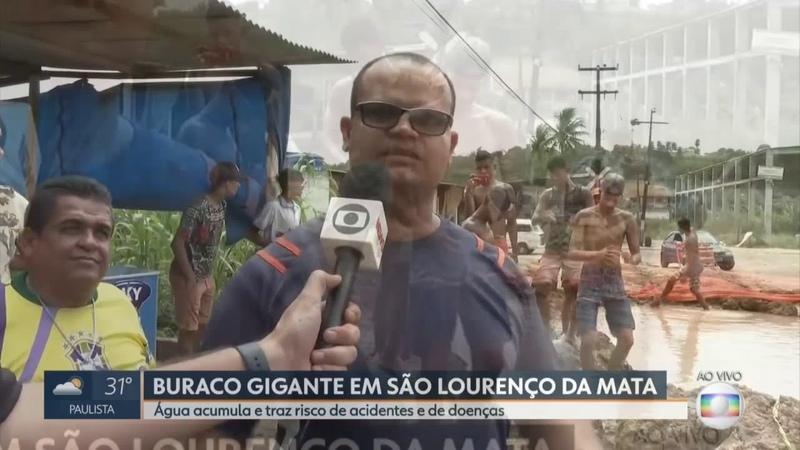 O Buraco Gigante e o Brasileiro Hue Hue em São Lourenço da Mata